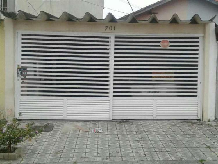 Casa com 2 Quartos à Venda, 80 m² por R$ 220.000 COD.