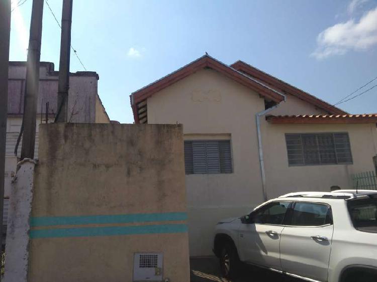Casa com 2 Quartos para Alugar, 90 m² por R$ 800/Mês COD.