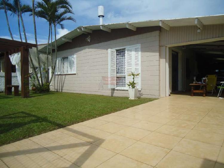 Casa com 4 Quartos à Venda, 135 m² por R$ 270.000 COD.