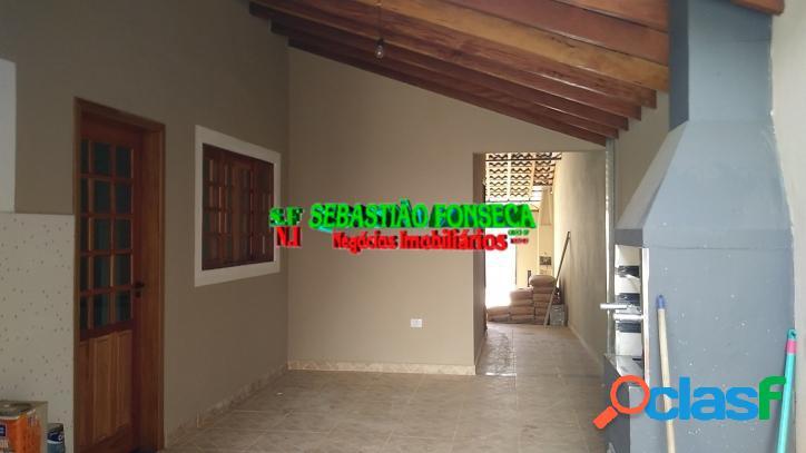 Casa nova, 03 dormitórios e suíte - Jardim Santa Julia