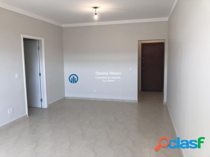 Gonzaga- 03 dormitórios (1 suíte), dependência completa 1