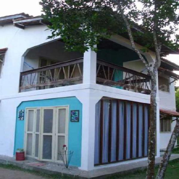 Sobrado com 3 Quartos à Venda, 220 m² por R$ 300.000 COD.