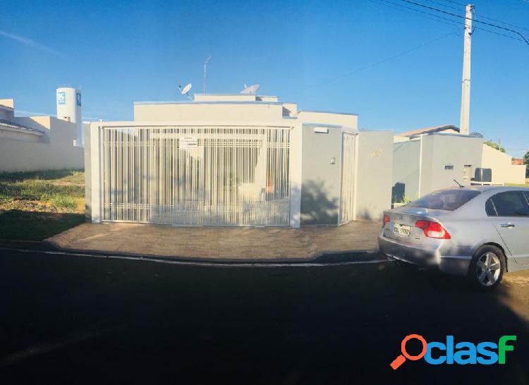 Vende-se casa em Indiaporã-SP - Casa Alto Padrão a Venda