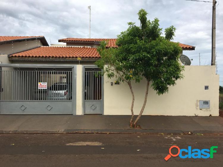Vende-se casa em Ouroeste-SP - Casa a Venda no bairro Jardim