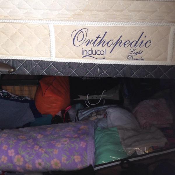 cama box baú e colchão casal