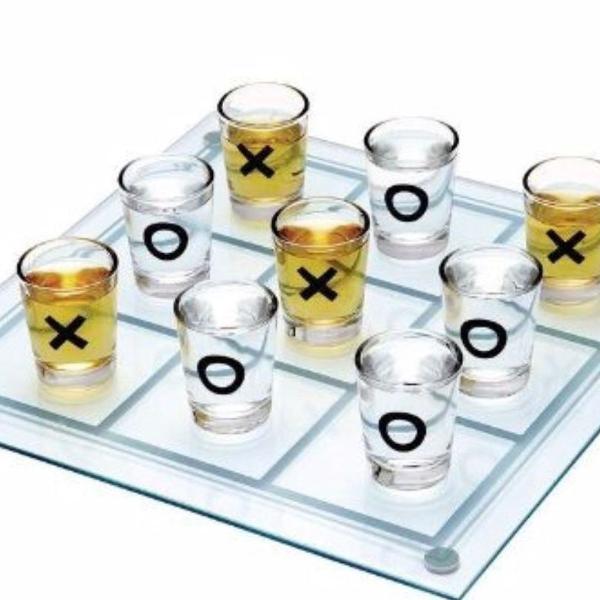 jogo da velha de vidro com 9 copos em acrílico