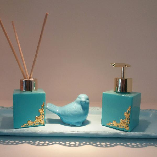 kit aromatizador e saboneteira azul Tiffany