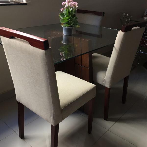 mesa de jantar com 3 cadeiras