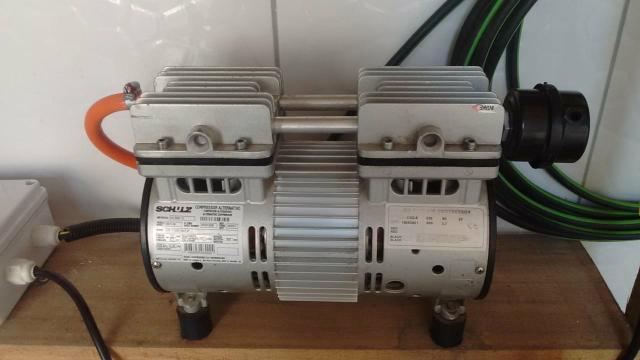 Compressor motor poço artesiano Schulz ar direto 1CV 220v