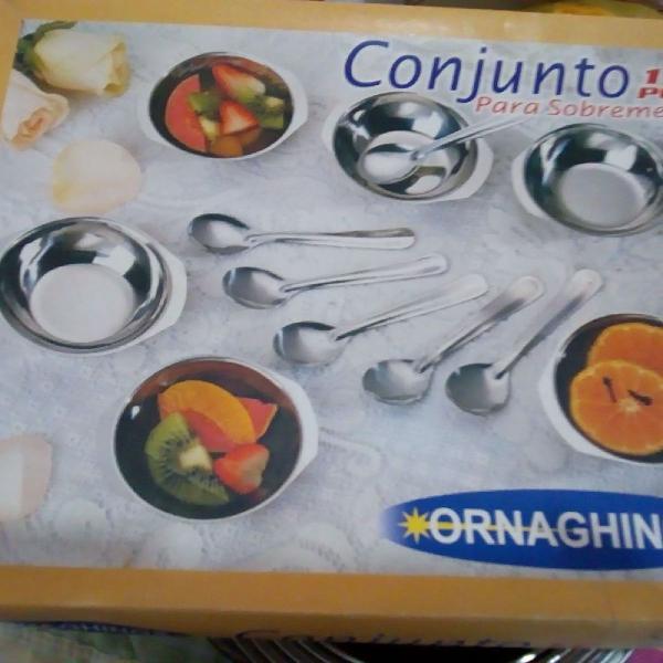 Conjunto para sobremesa em aço inox com 12 peças