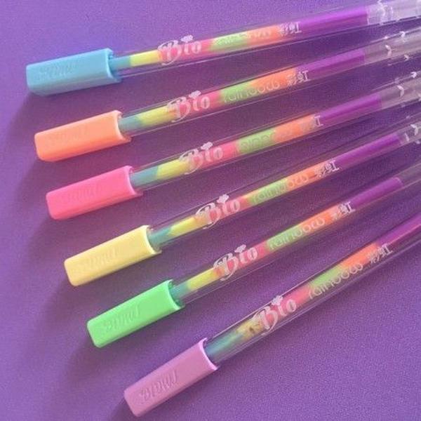 caneta gel arco iris você escreve e a cor vai mudando