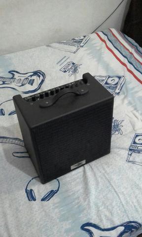 Amplificador de guitarra 40w