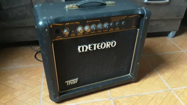 Amplificador de guitarra paranagua