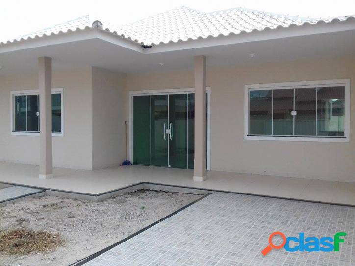 Casa de Condomínio à venda no bairro Praia do Barbudo.