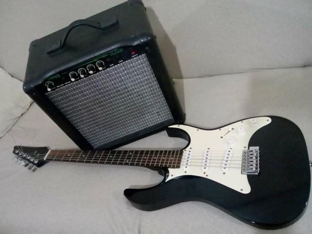 Guitarra Golden com Amplificador 30w