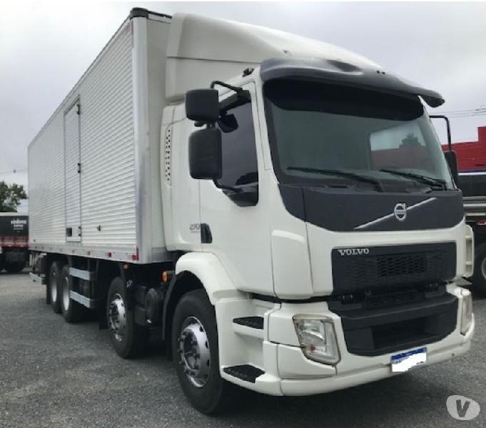 Volvo Vm 270 8x2 1414 Baú