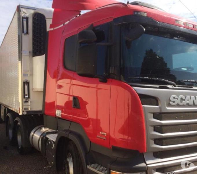 Scania 440 20132013 Cavalo Mecânico Truck 6x4 baú