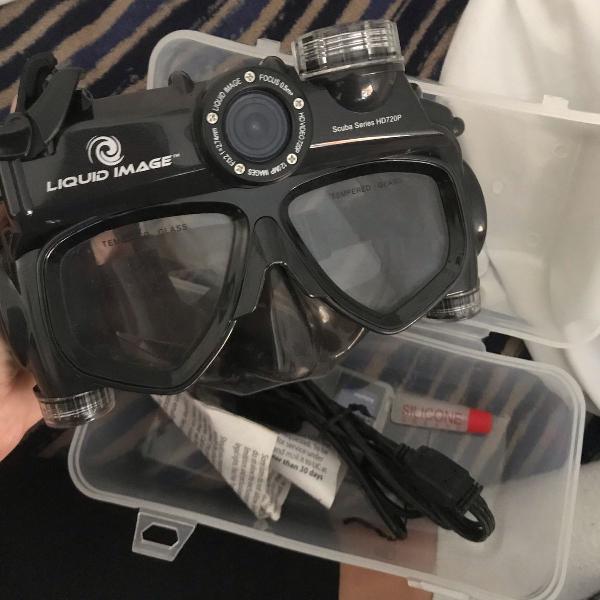mascara de mergulho com camera hd