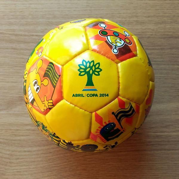 mini bola rui amaral copa 2014 edição limitada assinada e