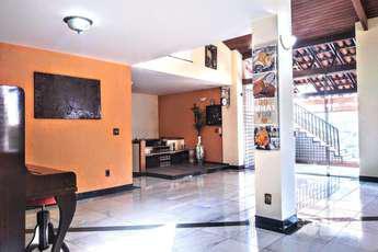 Casa com 6 quartos para alugar no bairro Bandeirantes