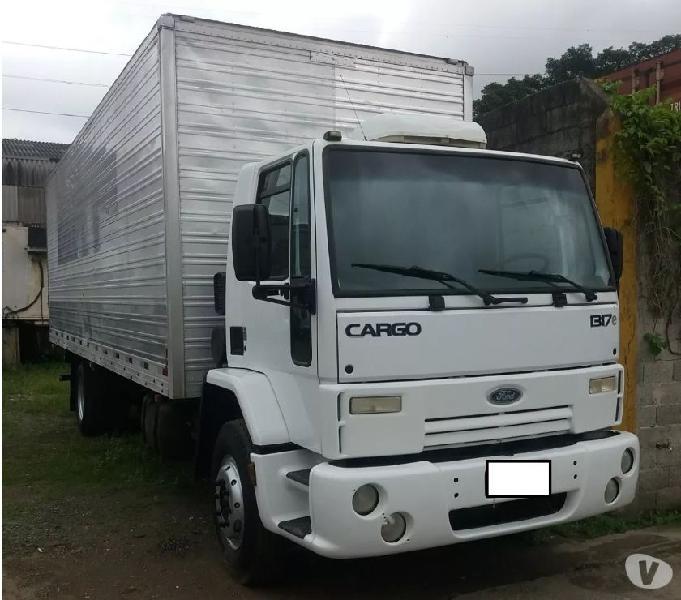Ford Cargo 1317 Ano 2010 Baú