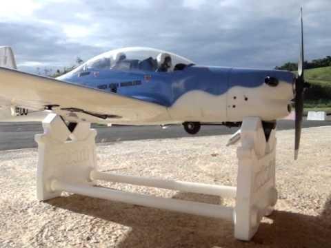 Aeromodelo tucano a29 completo trem retrátil motor saito 4