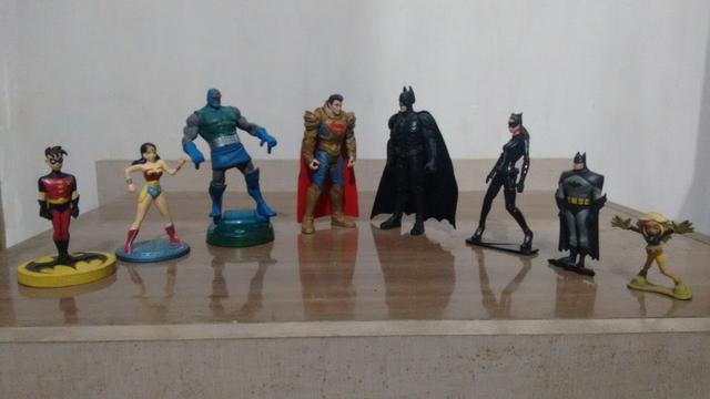 Bonecos e figuras dc liga da justiça jovens titans