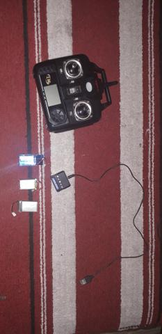 Controle, Bateria de drone syma e hélices (LEIA A