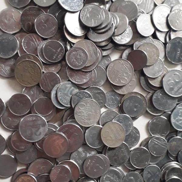 3kg de moedas antigas de cruzeiros e cruzados.