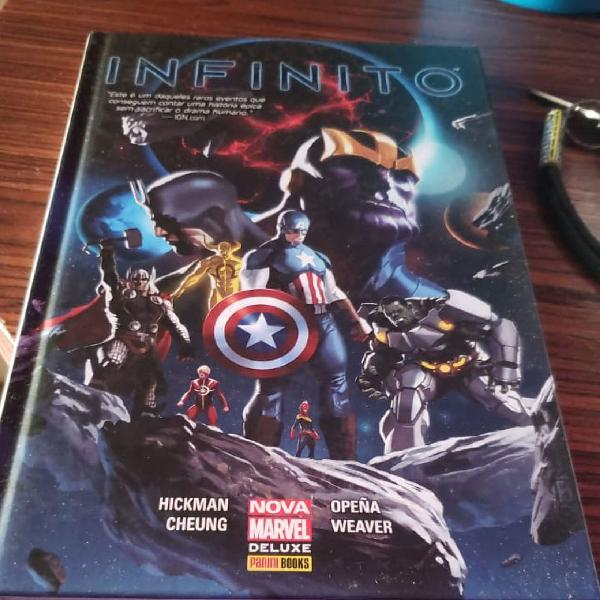 Hqs Marvel - Saga do Infinito completa + Illuminatis