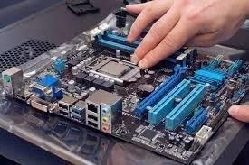 Manutenção E Reparação De Desktop E Notebook