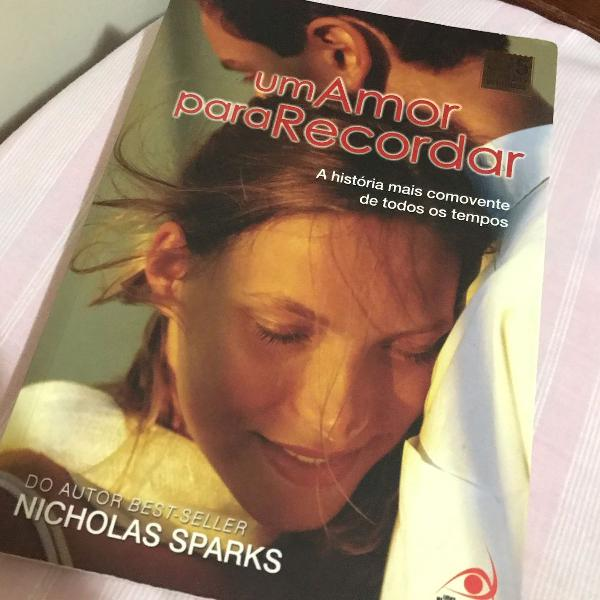 livro um amor para recordar