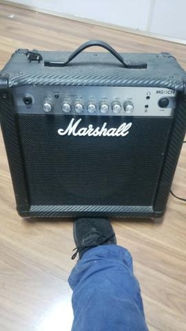 Amplificador Caixa De Guitarra Marshall Mg 15 Cf