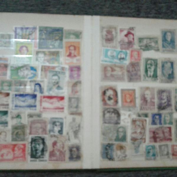 lbum com coleção de selos