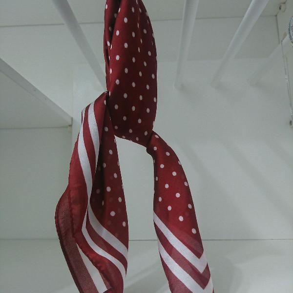 lenço poah vermelho