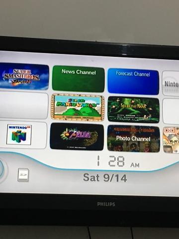 Vendo Nintendo Wii destravado com 6 jogos