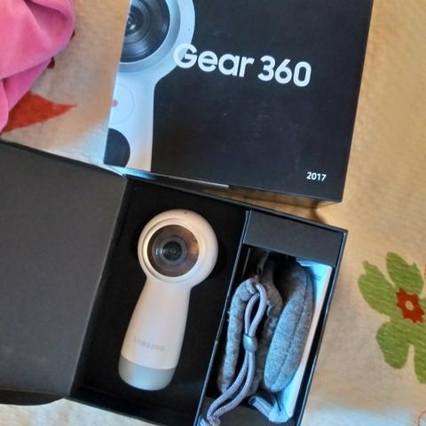 Vendo câmera 360 graus Samsung filmagens em 4k nova