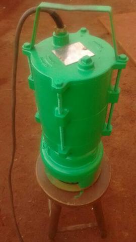Bomba submersível 17m³/h revisada