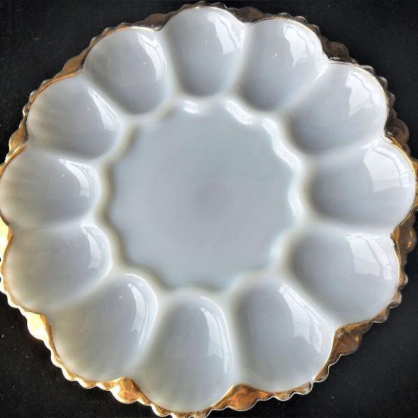 raro porta ovos em opalina, u.s.a., da década de 50, da