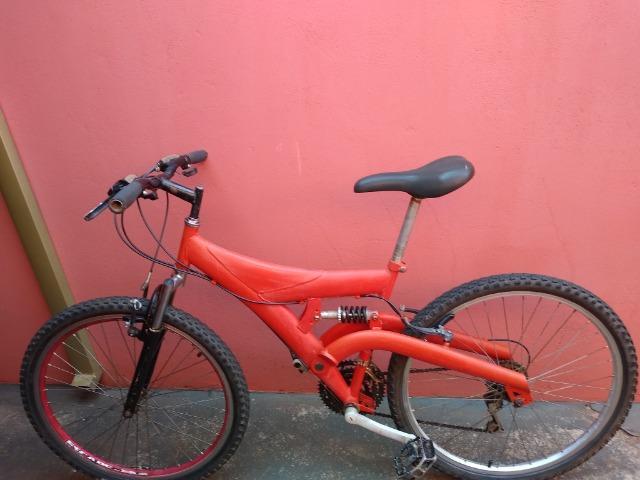 Bike. Bicicleta. Cross