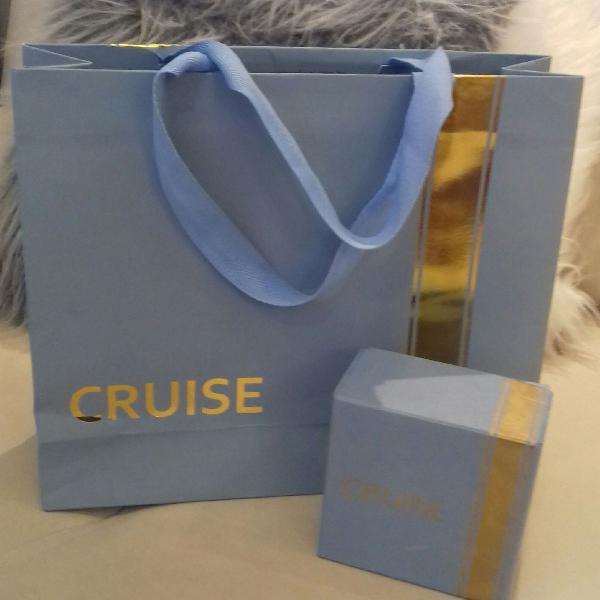 sacola e caixa cruise