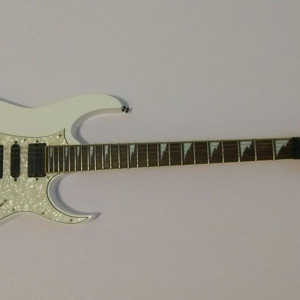guitarra ibanez rg 350 dx branca com microafinação usada