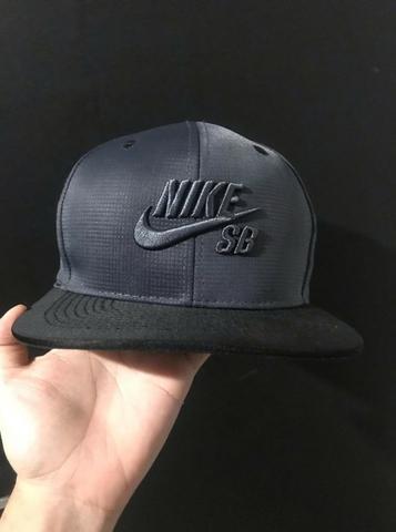 Boné Nike Sb LA Los Angeles Aba Reta Snapback New era Novo