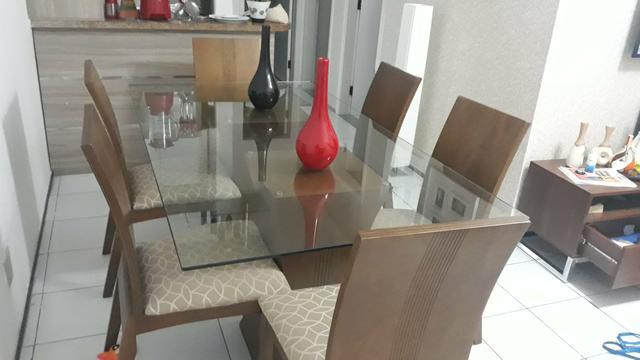 Conjunto de mesa semi Nova.