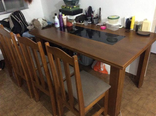 Mesa de madeira (ótima)