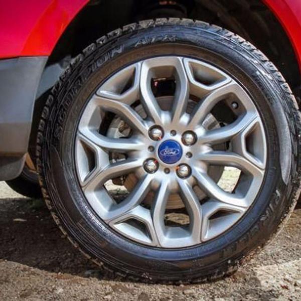 step original ford ecosport freestyle roda + pneu s/novo