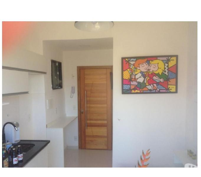 Apartamento quarto e sala em Botafogo com sacada !
