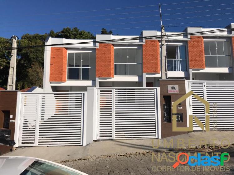Casa geminada à venda no bairro Fortaleza em Blumenau,