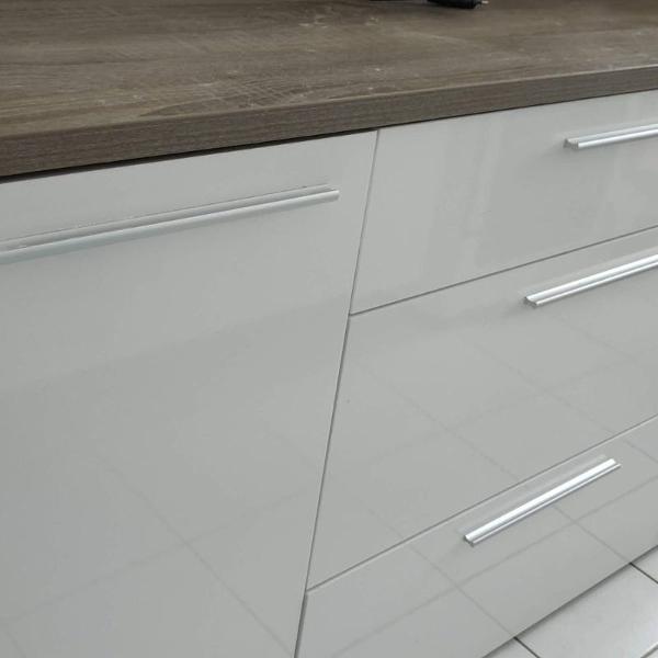 buffet pensiero branco com brilho e oak etna 86 cm x 160 cm