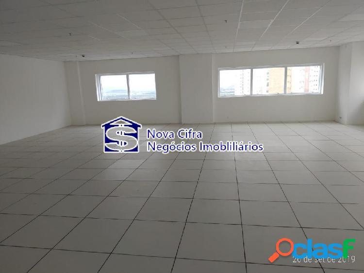 Sala Comercial de Alto Padrão no Jd. das Colinas - 205m²